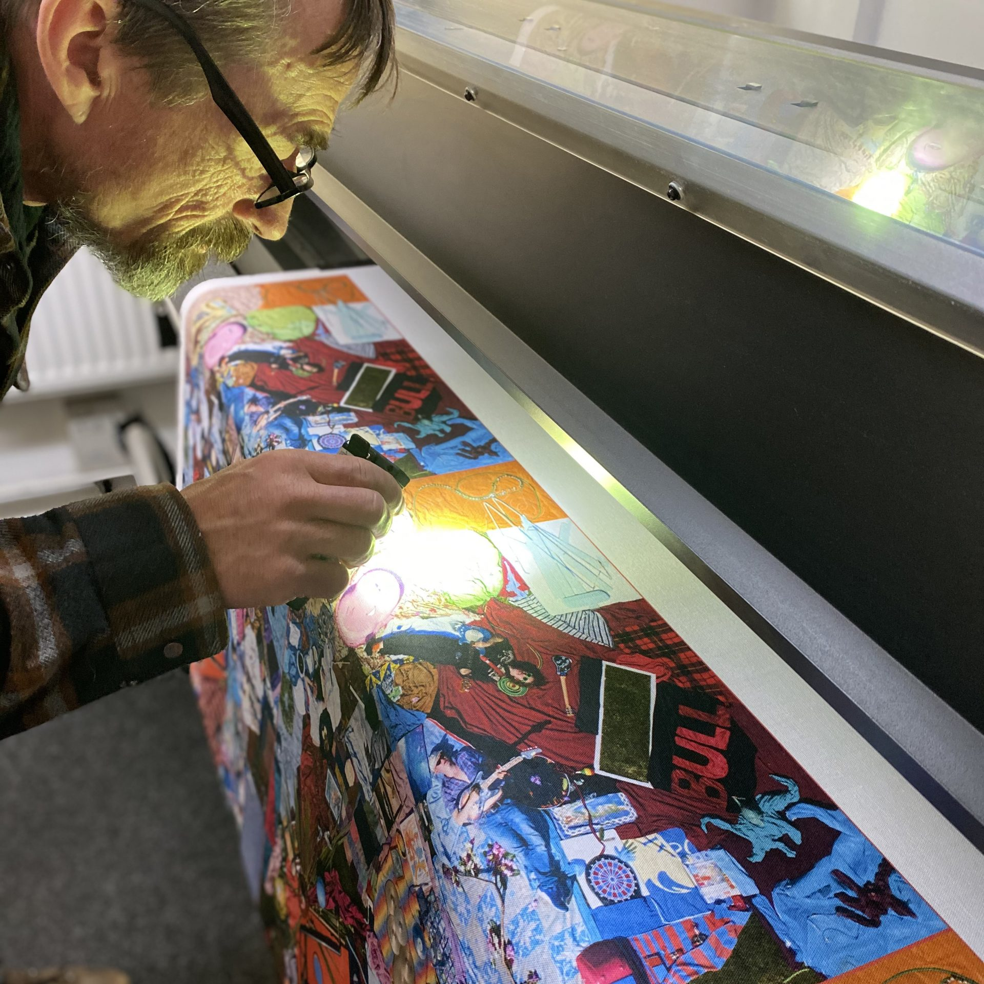 Digital printers of textile products like one bags and tea towels