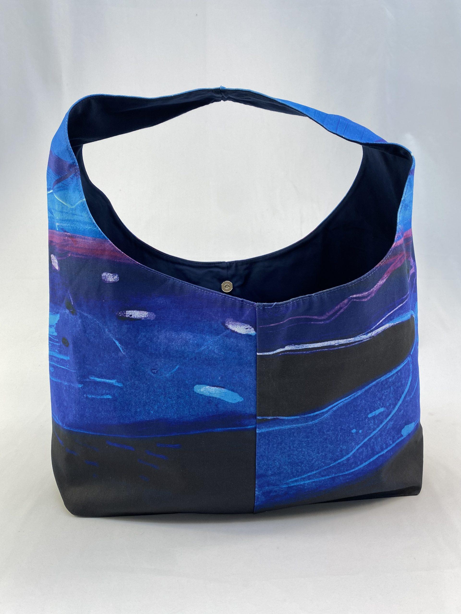 Digitally printed sustainable shopping bag